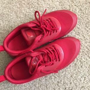 Nike Athe